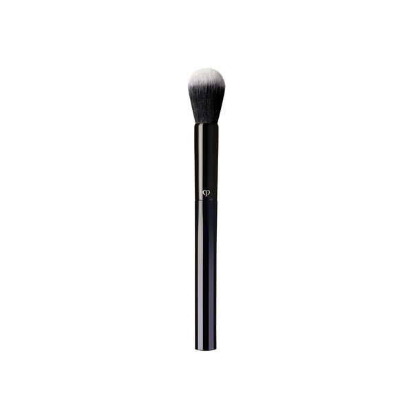 A magnified image of the texture of the Brush (Powder & Cream Blush),