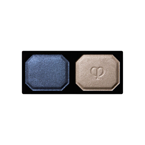 A magnified image of the texture of the Eye Color Duo Refill, Serenity Blue