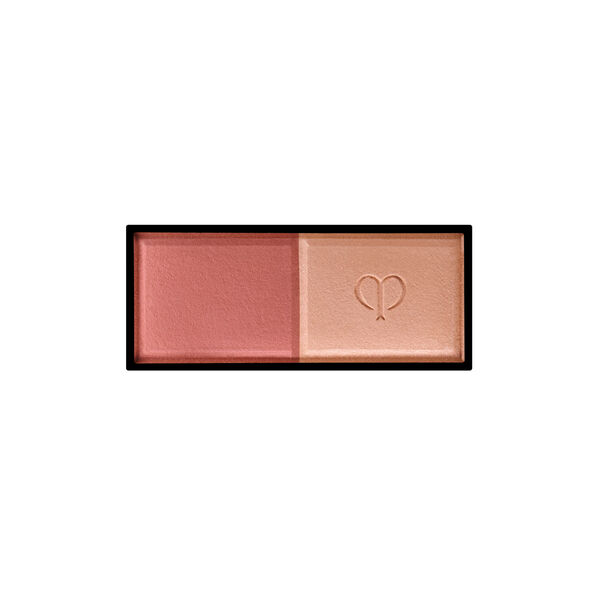 A magnified image of the texture of the Powder Blush Duo Refill, Maple leaf