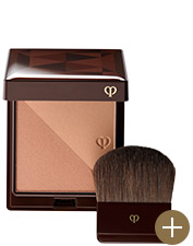 Bronzer in tan