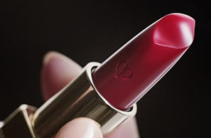 The Craftsmanship of Lipstick Cashmere | Clé de Peau Beauté